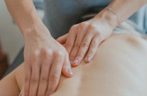 Razlika između fizioterapeuta i masera