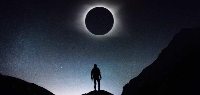 Pomrčina Mjeseca, Kraj ili početak?