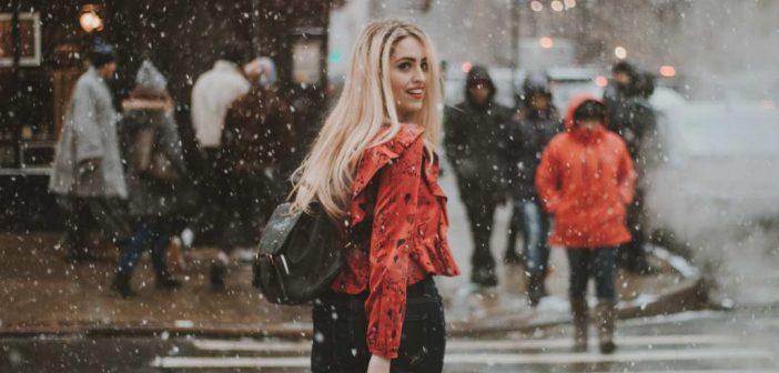 zena na ulici