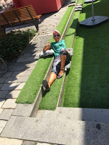 Aleksandra Ivanac na travi