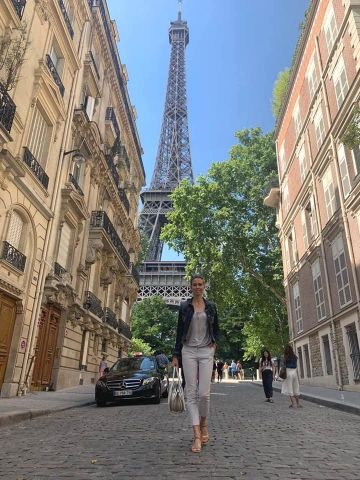 Irena Vlahinic u Parizu