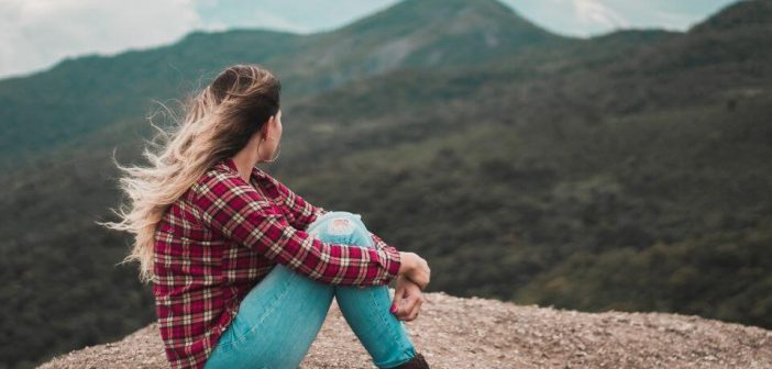 zena na planini