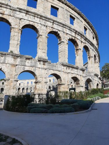 Amfiteatar u Puli