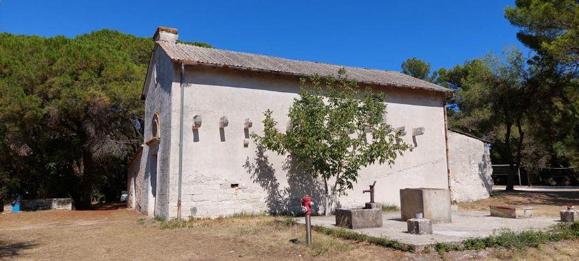 Crkva, Veruda ili Fratarski otok